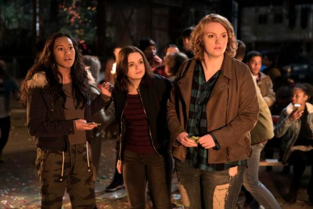 WU_06485_R(l-r.) Sydney Park stars as Meredith, Joey King as Claire and Shannon Purser as June in WISH UPON, a Broad Green Pictures release.Credit: Steve Wilkie / Broad Green Pictures